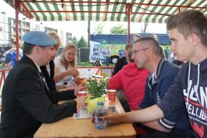 Bevrijdingsfestival 2014 ontmoeting met veteranen (77)