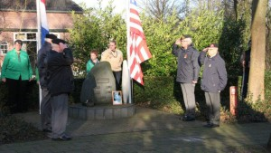 Herdenking monument Eikenlaan Berkum 2014 (3)